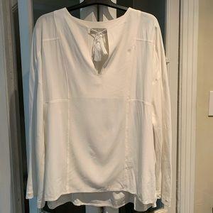Vince long sleeve off-white blouse. Size medium